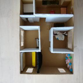 遊べる家の模型